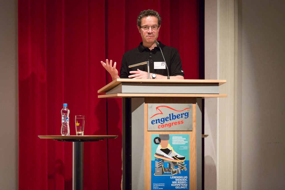 Dominik Büchel