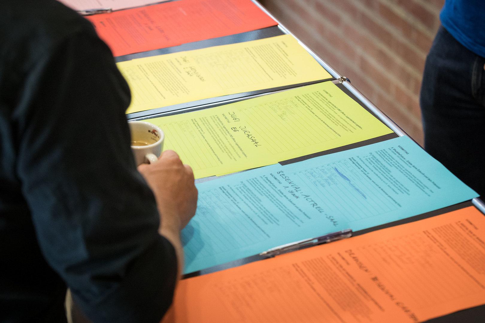 Sechs Workshops zur Auswahl - die Blätter füllen sich rasch.
