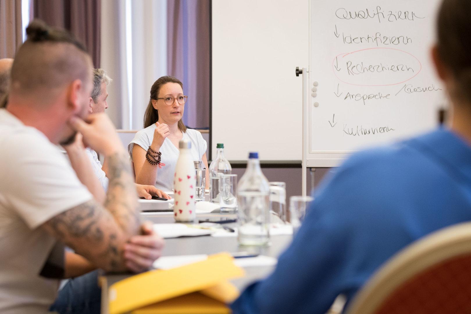 In ihrem Workshop gibt Lilian Weber Tipps zu Fundraising und erklärt, wie Stiftungen funktionieren.