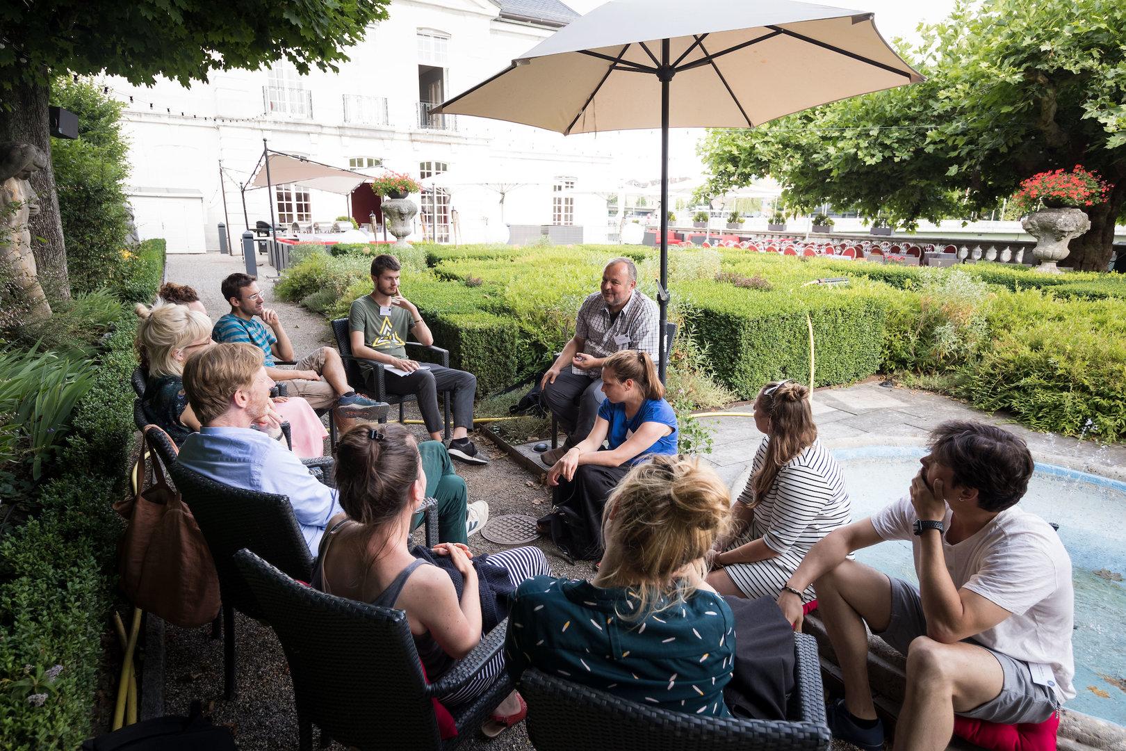 Michael berichtet vom Café mondial und seiner Vision.